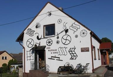 Galeria Gmina Chrząstowice - Izby regionalne gminy Chrząstowice